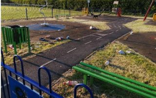 Worle park play area with litter