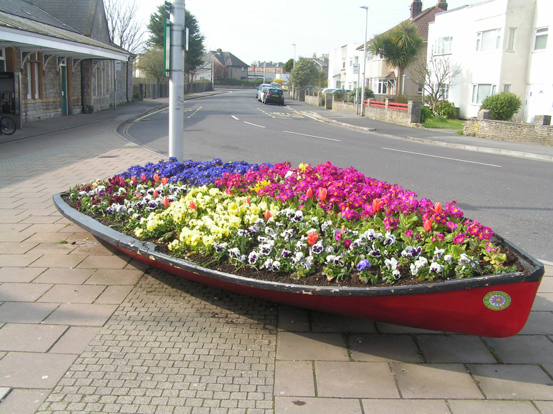 Weston in Bloom Boat Planter